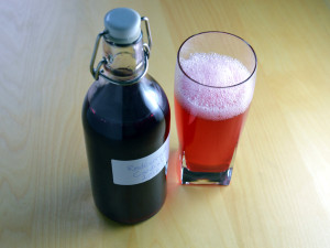 Swedish red currant cordial