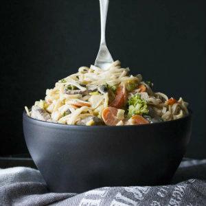 Vegan 15 minute peanut noodles