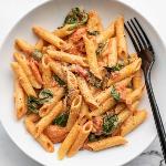 Creamy-Tomato-Spinach-Pasta-V2-bowl