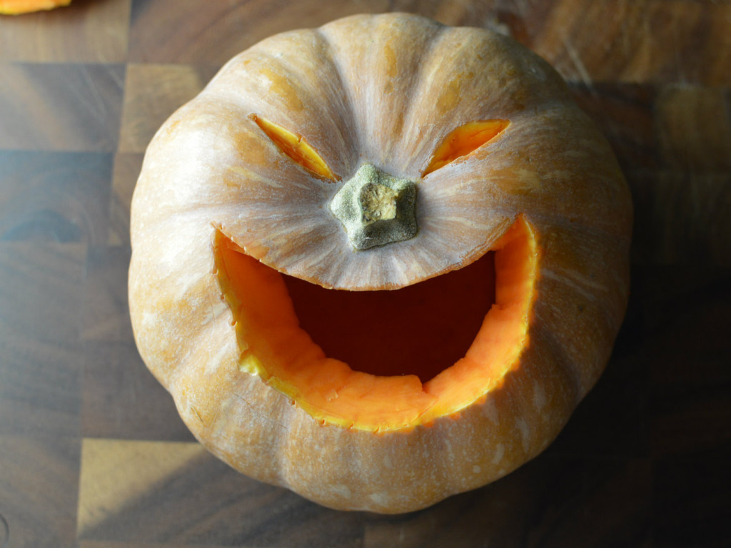 how to carve a pumpkin for halloween