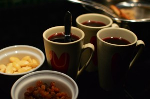 Recipe: Traditional glögg (mulled wine)
