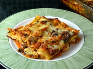 Recipe: Halloumi lasagna / lasagne with spinach