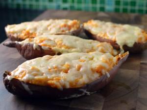 Recipe: Sriracha loaded sweet potato boats / skins