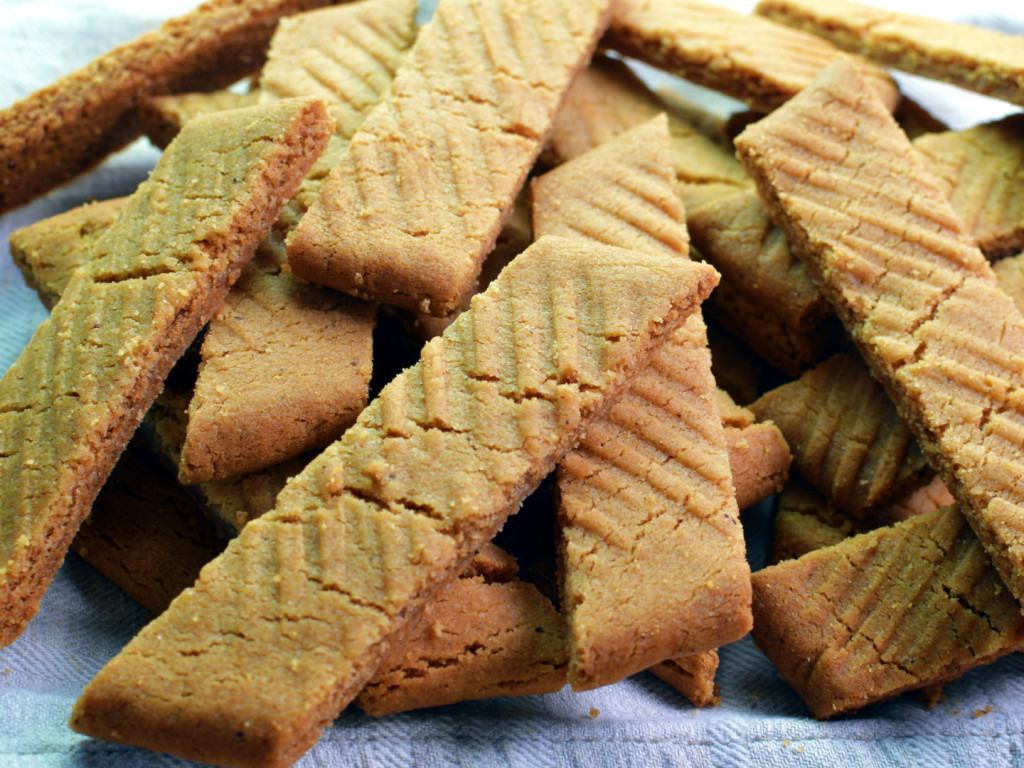 how to make caramel shortbread with digestive biscuits