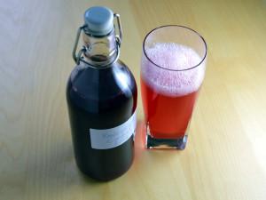 Recipe: Swedish red currant cordial (röd vinbärssaft)
