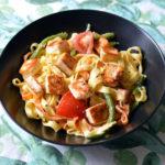 Tagliatelle with halloumi and tomatoes