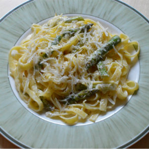 Asparagus and lemon pasta