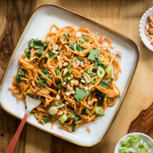 20 minute peanut sweet potato noodles with spinach