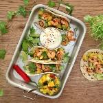 Matpyssel - Chilimarinerad scampi med fruktig salsa i tortillabröd