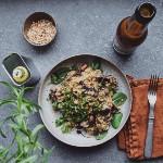Plantbasedbythess - Krämig rårisrisotto med svamp färska örter och mandel