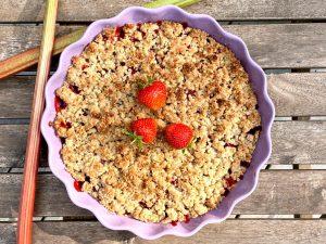 Rabarber och jordgubbspaj