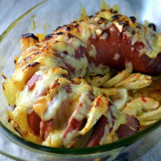 Falukorv i ugn med ananas och äpple