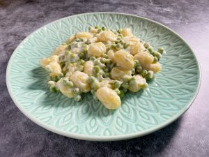 Gnocchi med ärtor och citron