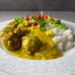 Köttbullar i currysås