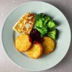 Potatisbullar med halloumi och broccoli