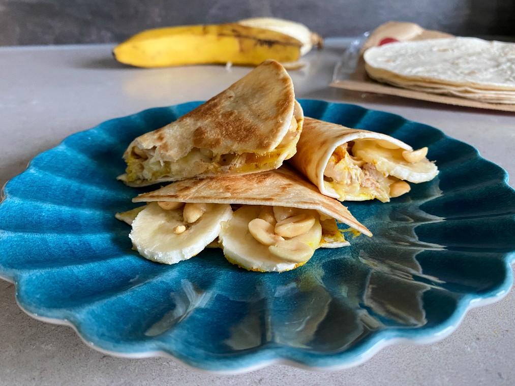 Quesadillas med banan och curry