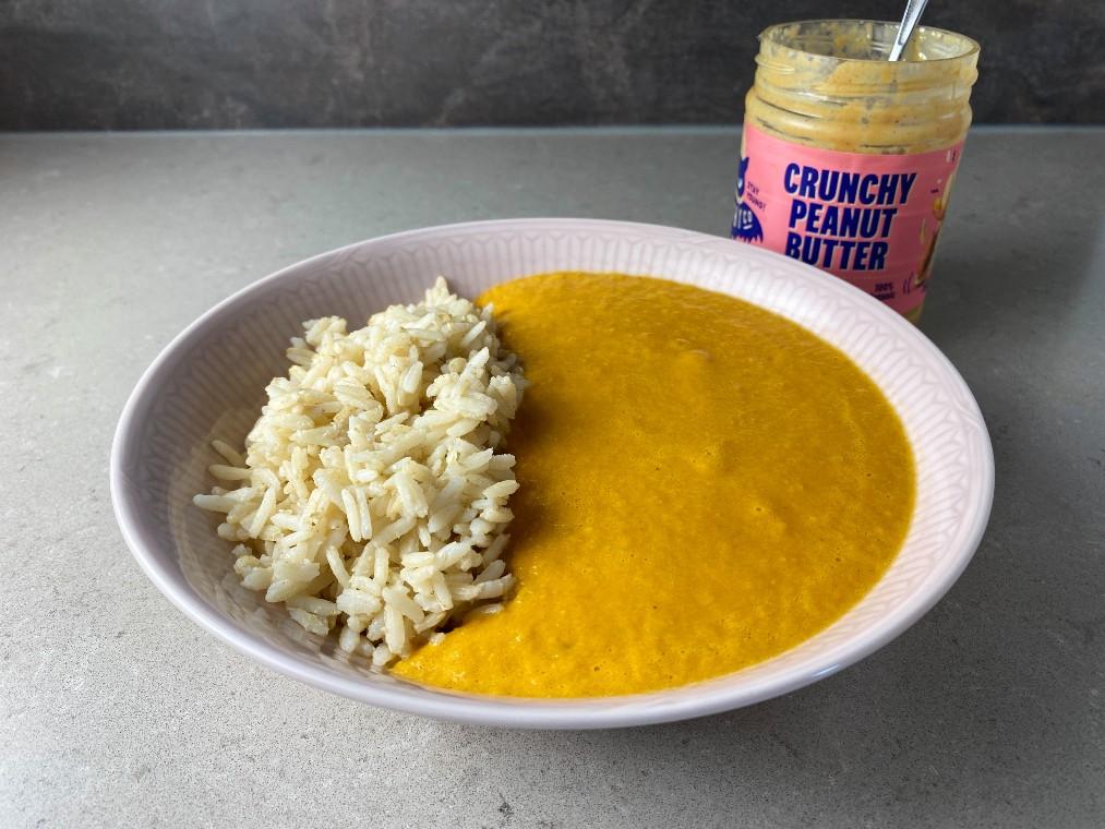 Jordnötssoppa med ris