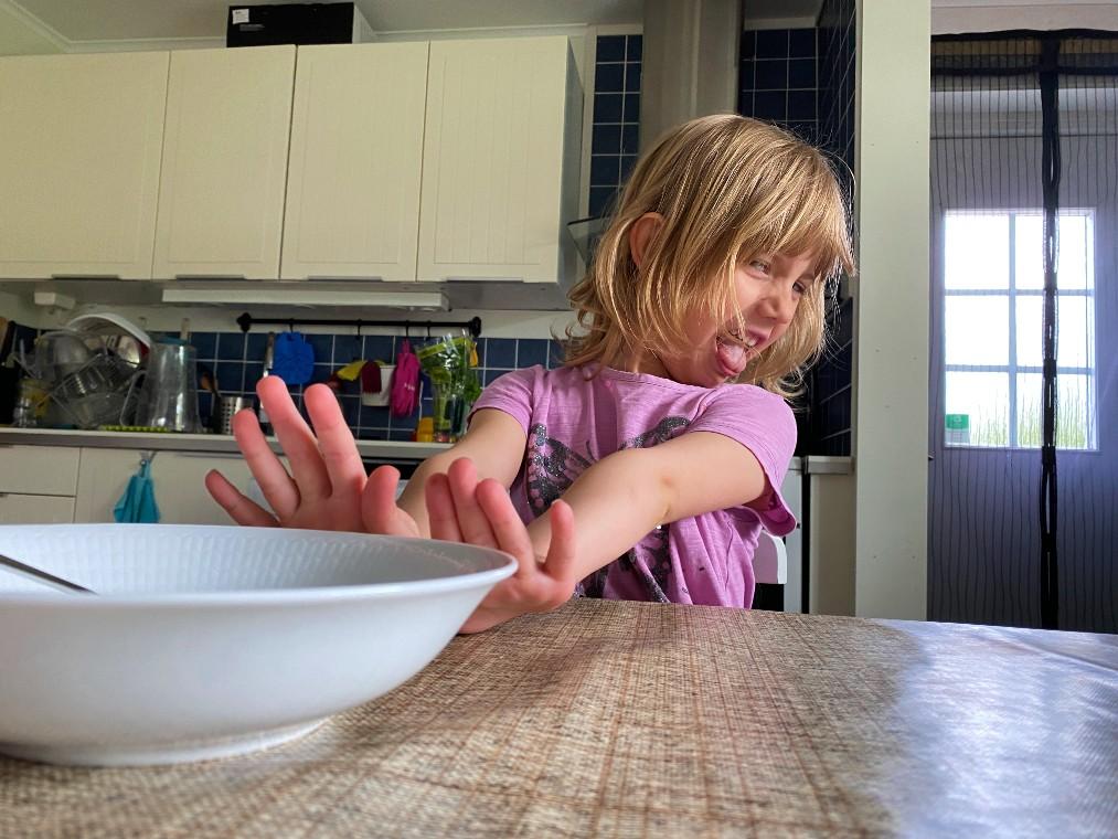 Tips hur man får barnen att äta mer varierat